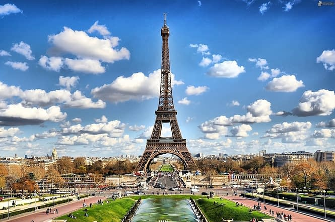 paris eifeltower